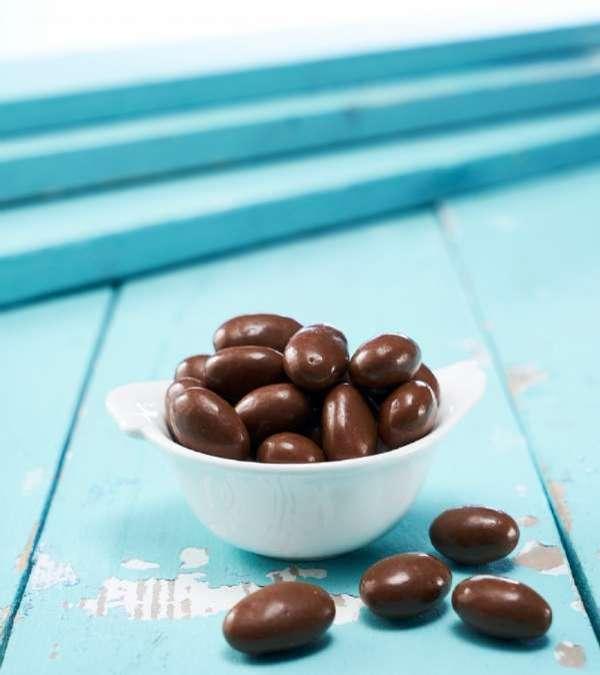 Sütlü Çikolatalı Badem Draje