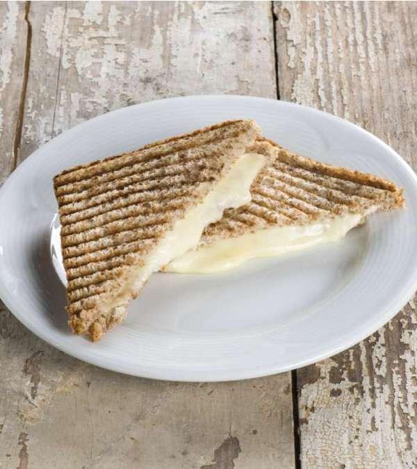 Beyaz Peynirli Kepekli Tost